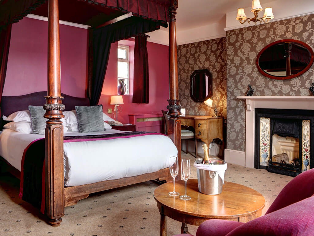 Four Poster Room - Quy Mill Hotel & Spa
