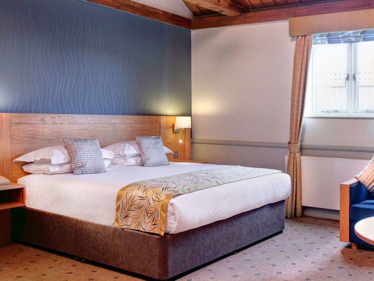 Quy Mill Hotel Bedroom